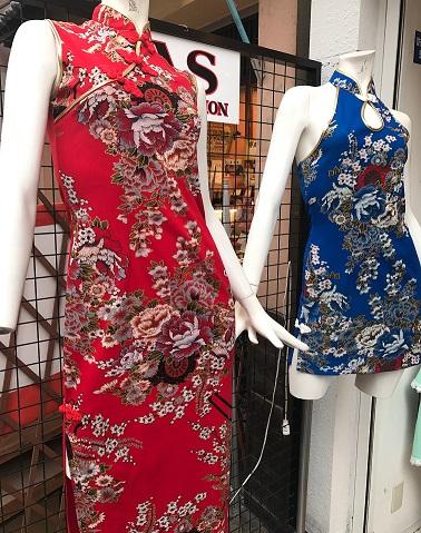 チャイナドレスも人気アイテム!しっかりとした作りで満足いただける一品です。